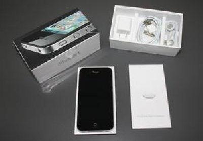 (Buy 2 get 1 free ) Brand new Apple iPhone 4g 32gb